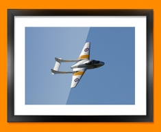 Vampire de Havilland Plane Framed Print